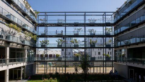 Vue intérieure, patio du Pôle Universitaire de Sciences de Gestion ©CPU – Conférences des présidents d'université / Université de Bordeaux